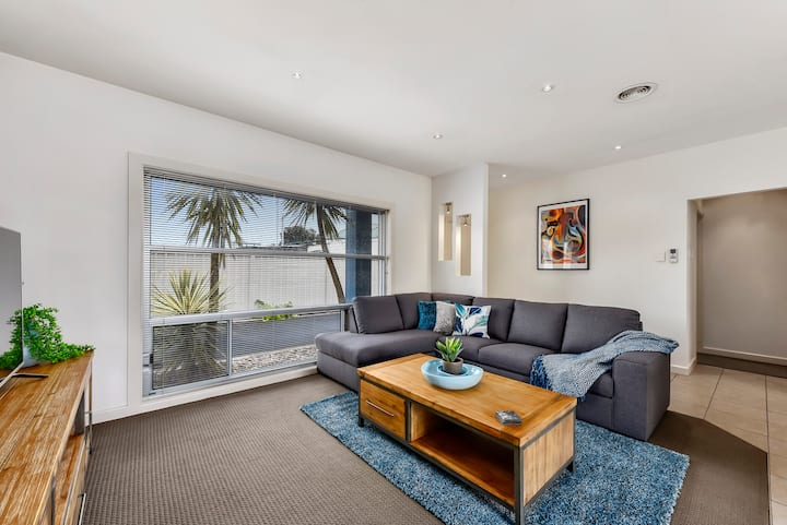 Apartment 2206 Mount Gambier - Home away from Home