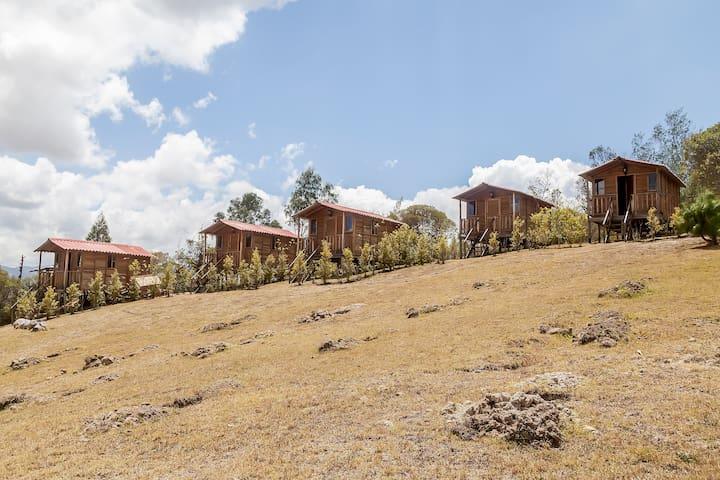 Hermosas cabañas con vista al embalse de Guatavita - Guasca