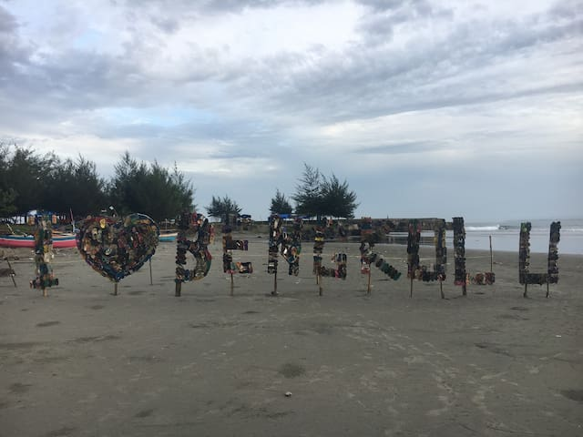 bengkulu point offers great waves for beginners
