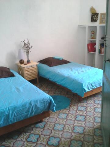 Chambre TWIN TURQUOISE à Villa Fontilha