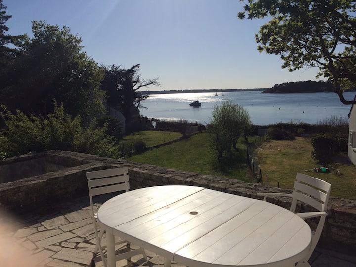 Ile-aux-Moines-Maison au bord du golfe du Morbihan