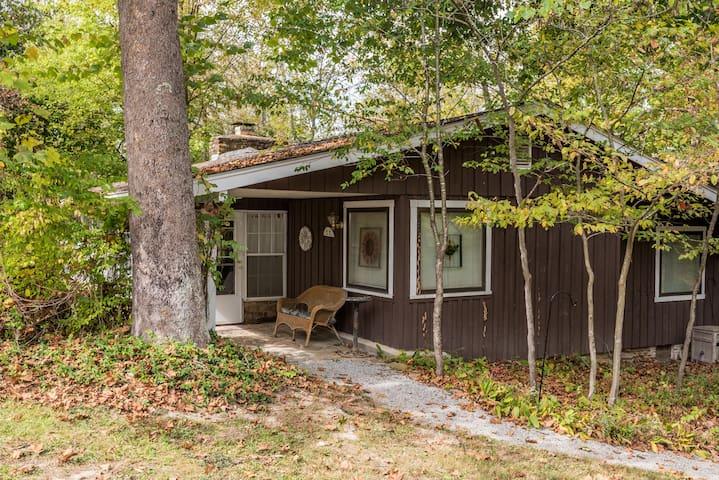 Coffey Hill Cabin