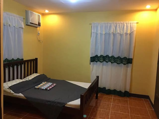 Family room, attached bath,balcony,with BREAKFAST!