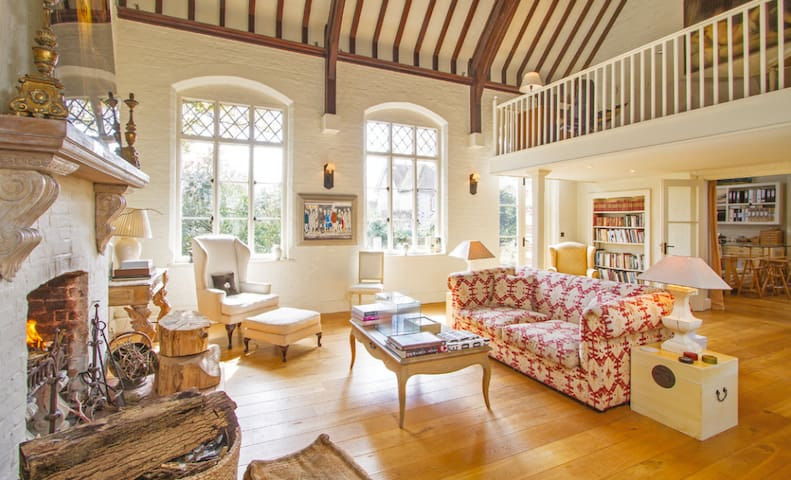 Magnificent Grade 2 listed converted school