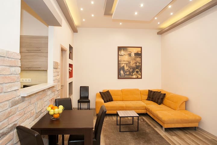 Dominique apartment is your ideal choice.