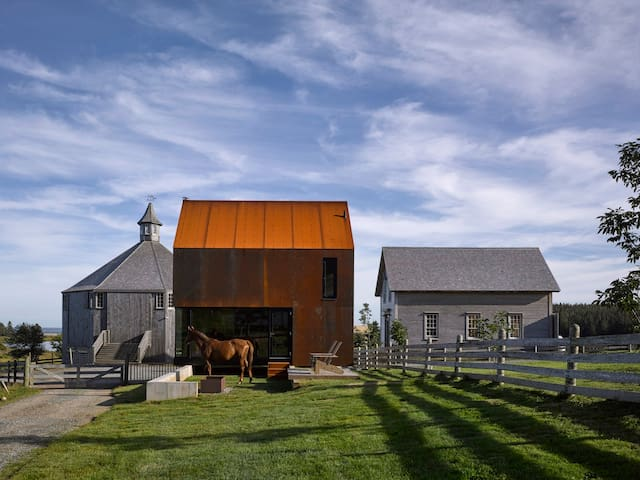 Seaside Architecture at Shobac Farm: Gate House