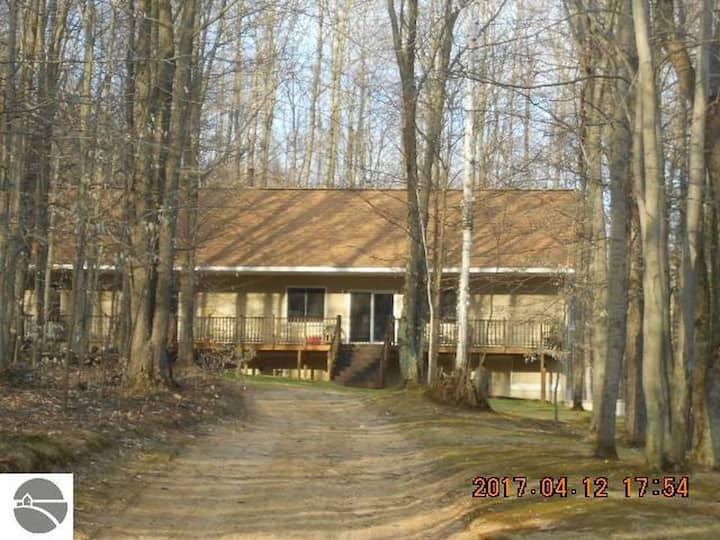 Black Bear Lodge - Luxury in the Woods