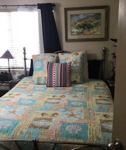 Ocean Dance room bed