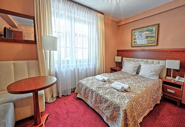 Uroczy hotelik w pięknej miejscowości!