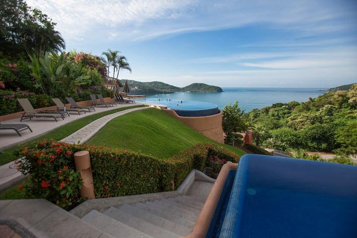 Romantic Retreat at Casa que Ve al Mar