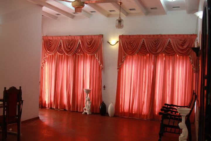 Lankenstyle Hostel Colombo - Gonawala - House