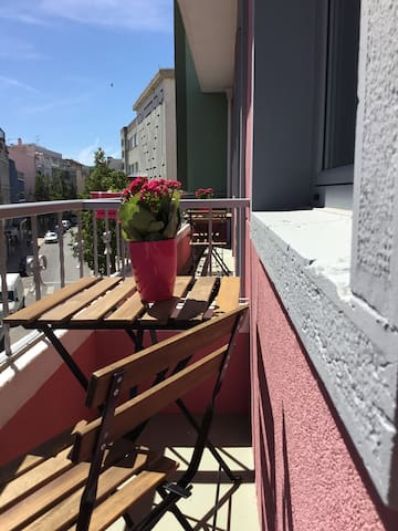 Lisbon/ lovely home with history in Almada - Almada - Apartemen