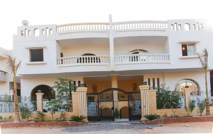 Brand new spacious villa in Hurghada
