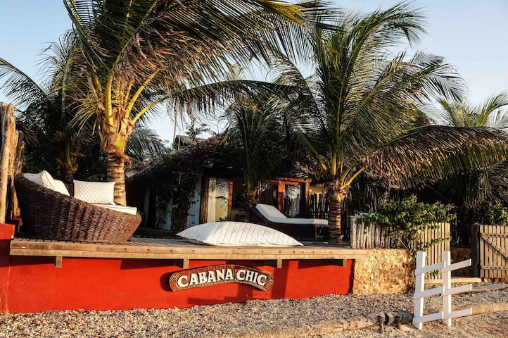 Fachada do bangalô Cabana Chic
