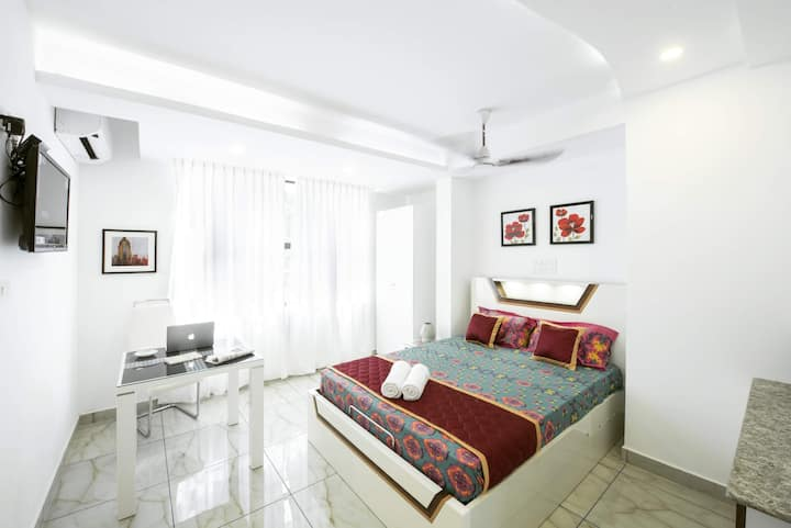 Rahul Residency(Deluxe A/C Twin Occupancy)