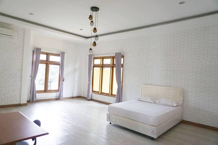 Huge room near Kemang Pancoran Kuningan