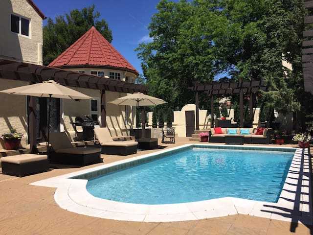 Mediterranean Mansion- special winter pricing!