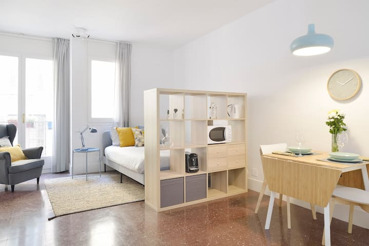 Cozy loft in the heart of Gracia