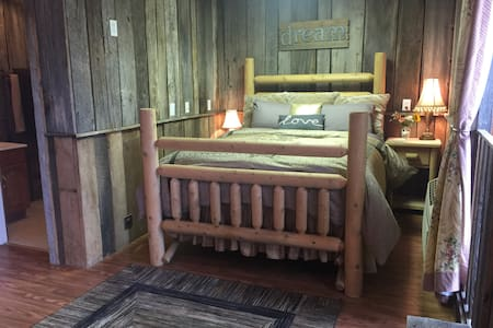 Tree Fort Balcony Suite