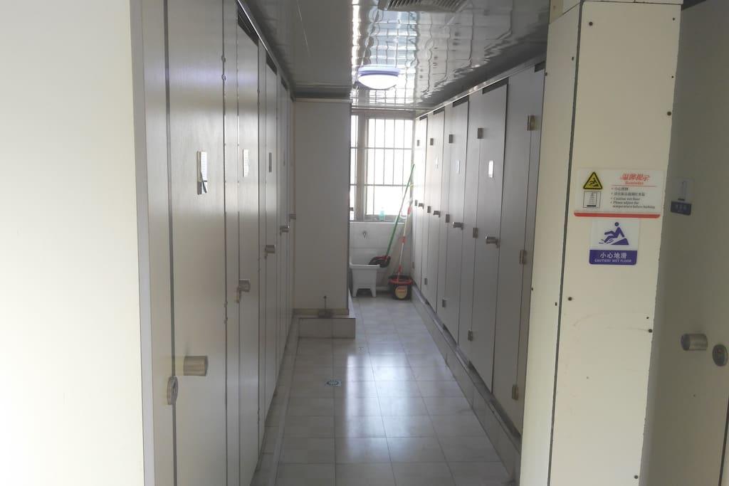 卫生间淋浴区