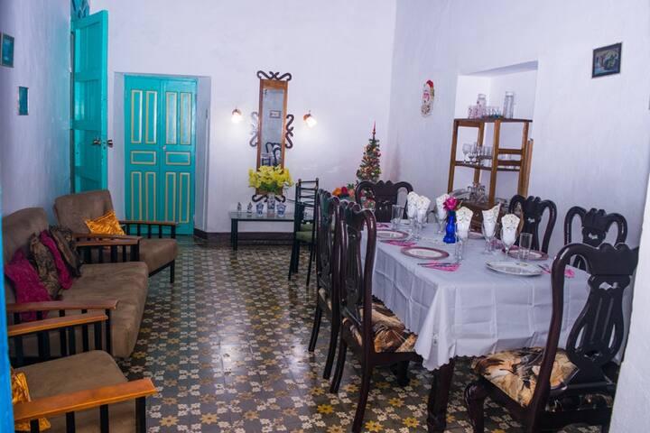 Habitación 1 a buen precio en Hostal Tejaroz