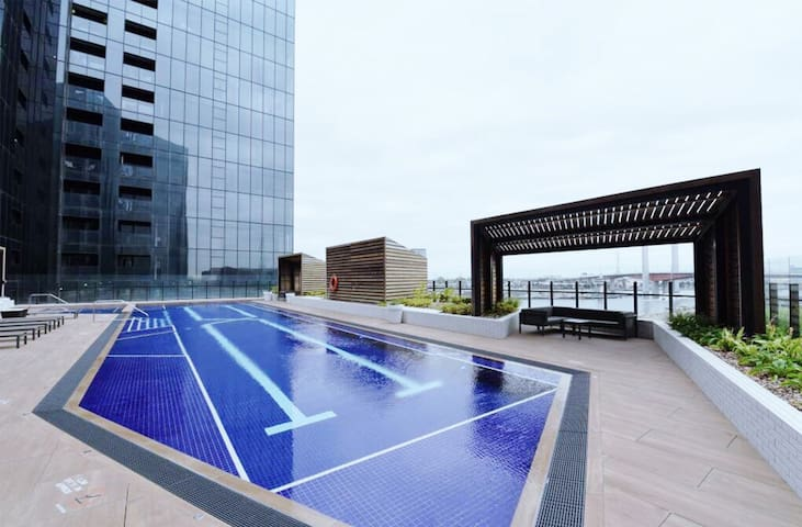 【CITY VIEW REVERSIDE】1BR Apt/SWIMMING POOL