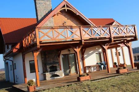 Dom nad Krzywym - House by the Krzywe