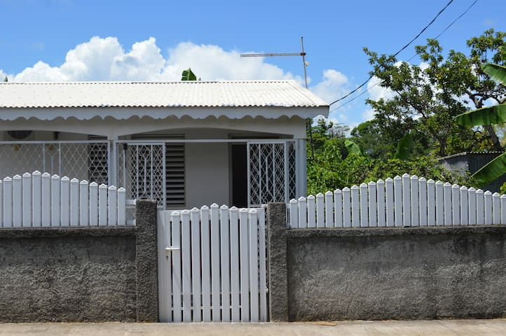 Capesterre-Belle-Eau : maison à petit prix