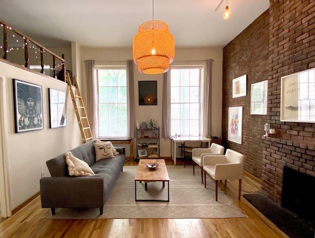 Spacious UWS loft apartment by Central Park