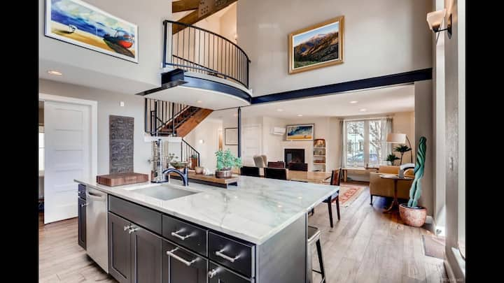 townhome full of character w/ everything you need