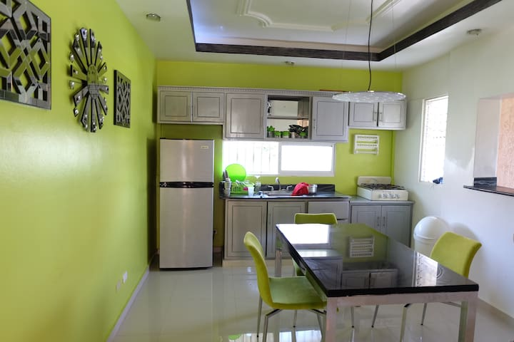CLOSE2THE BEACH! Beahfront Stylish 1 Bed Apartment - Puerto Plata - Apartment