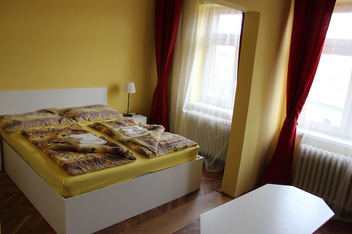 Penzion Radost - Double room Superior 24m² - Poděbrady - Bed & Breakfast