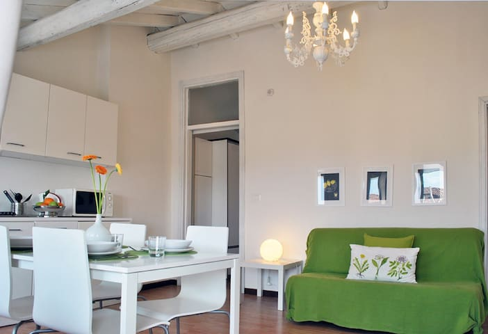 Villa serioli appartamento violetta