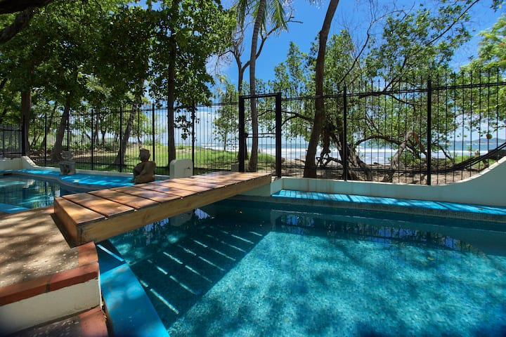 Tamarindo Beachfront House with private pool