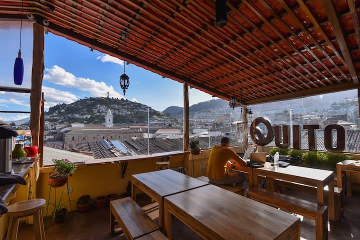 Rooftop Private Room Close to Plaza de Armas Quito