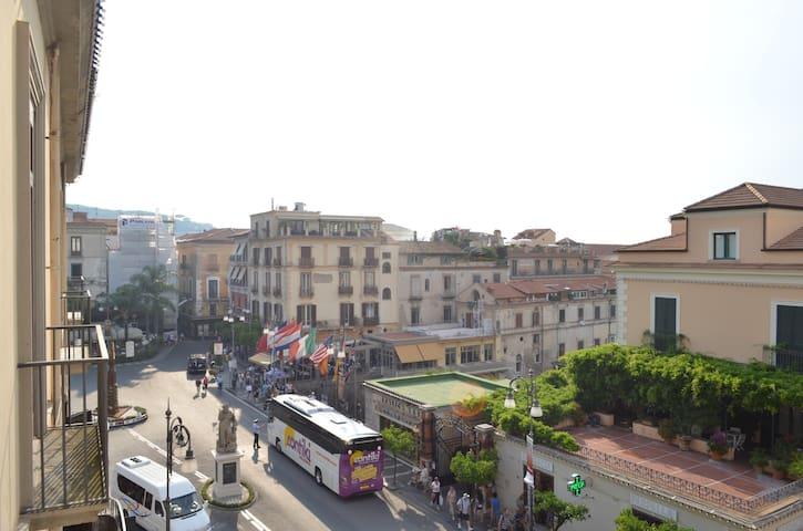 Sorrento Downtown Tasso Square - Sorrento - Leilighet