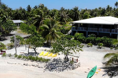 LODGE 2 PAX EN BORD LAGON AVEC PLAGE PRIVATIVE