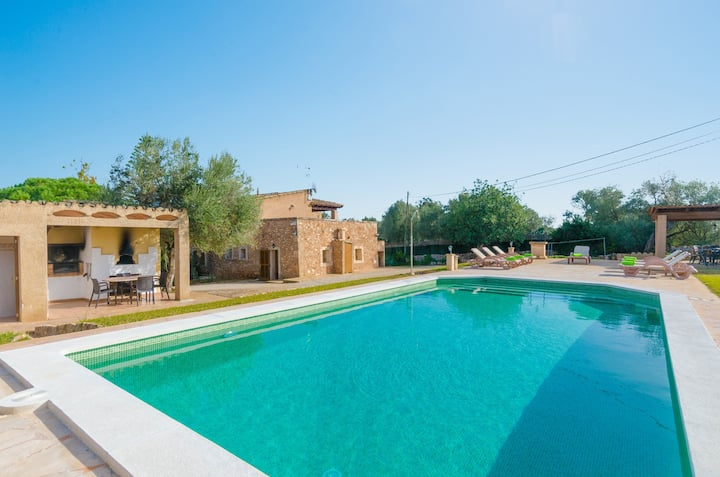 ES FIGUERAL - Villa with private pool in Campos. Free WiFi