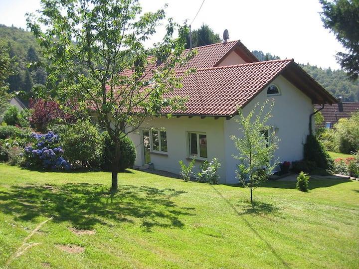 Haus Fernblick, (Badenweiler), Ferienhaus, 50qm, 1 Schlafzimmer, max. 2 Personen
