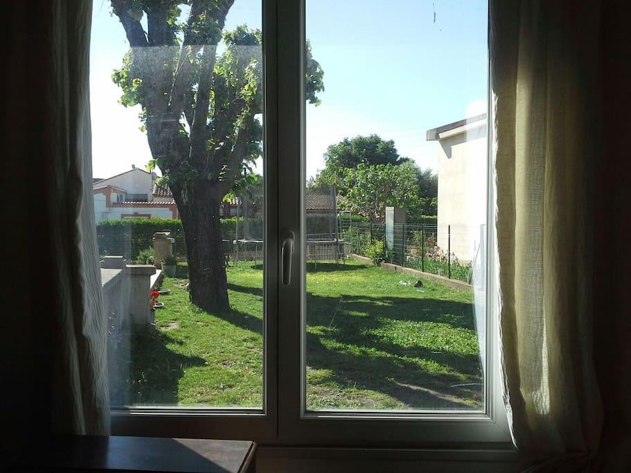 Vue du studio sur le jardin