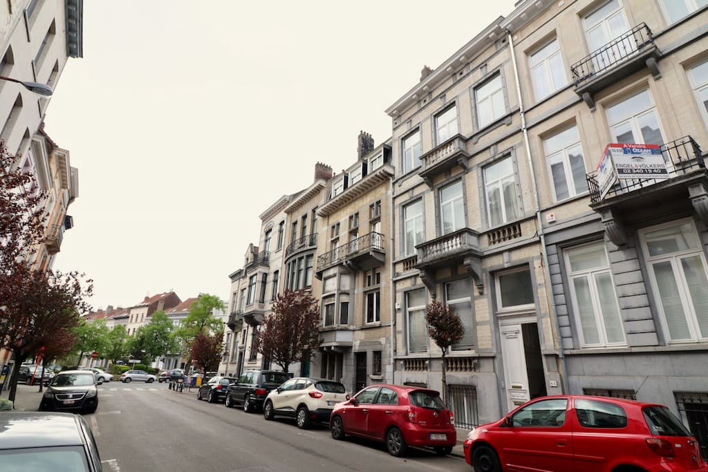Right in the heart of Châtelain