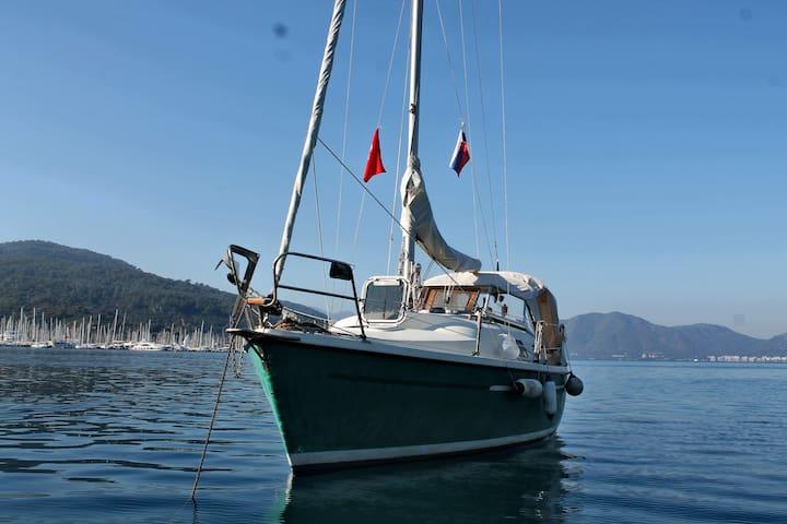 Adventure Sailing in Marmaris, one Cabin
