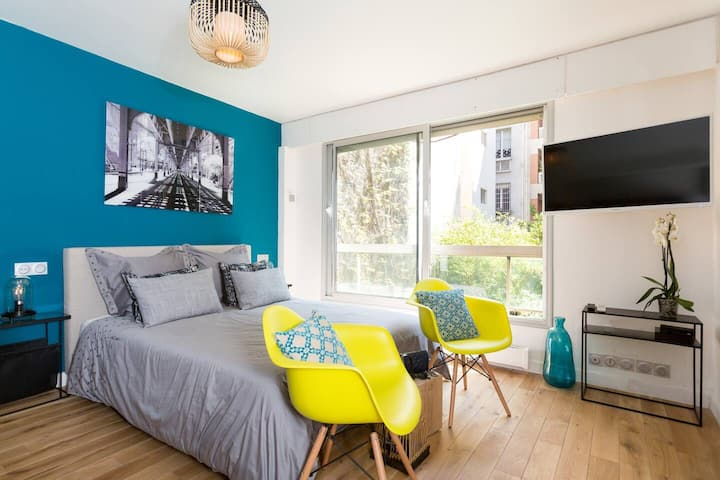Lovely new appt close to the Eiffel tower
