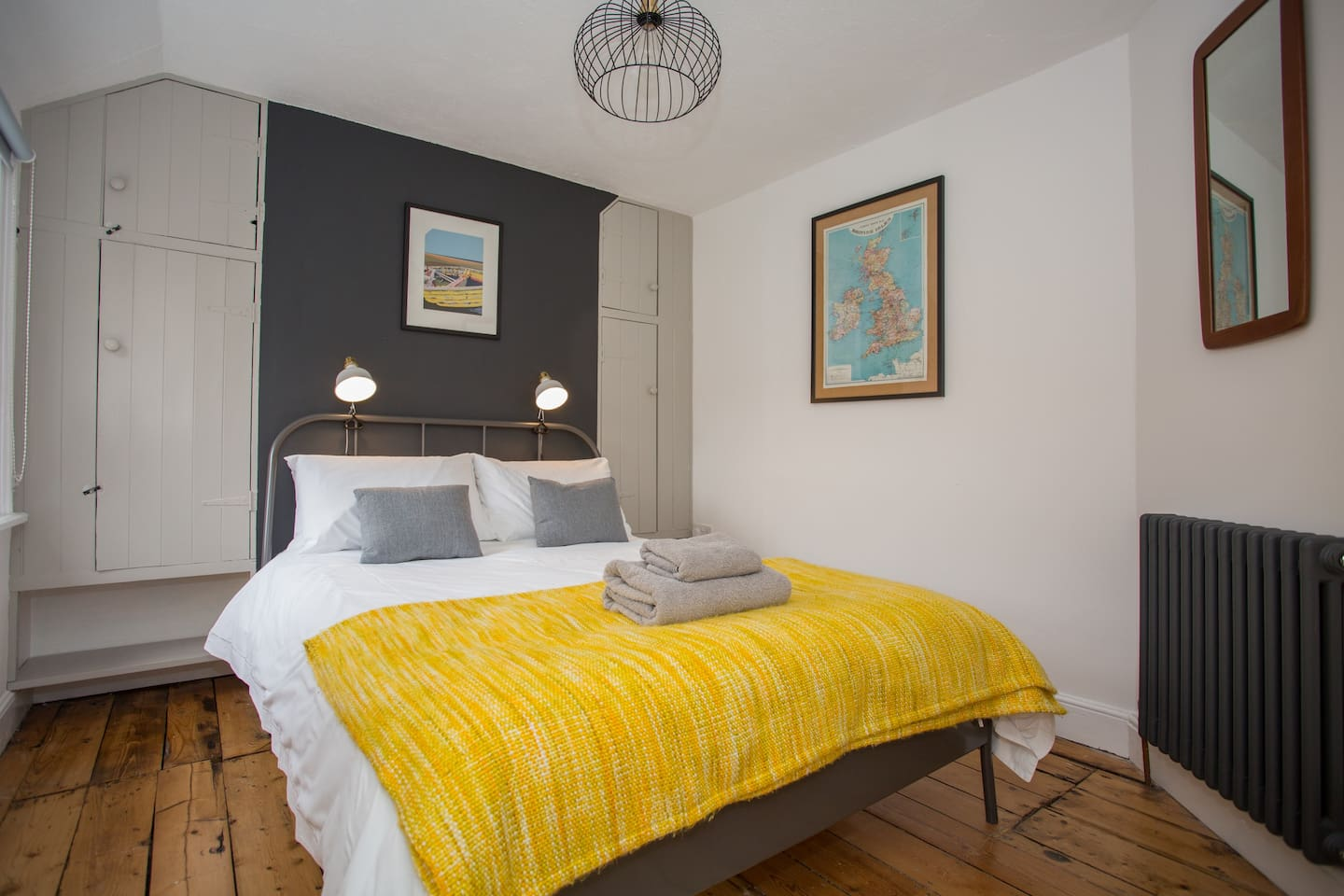 Super comfy double bed with crisp white bed linen & black out blind
