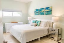 King bedroom with ensuite