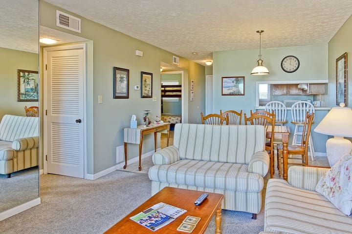Oak Island Beach Villa 1512