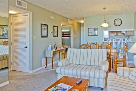 Oak Island Beach Villa 1512