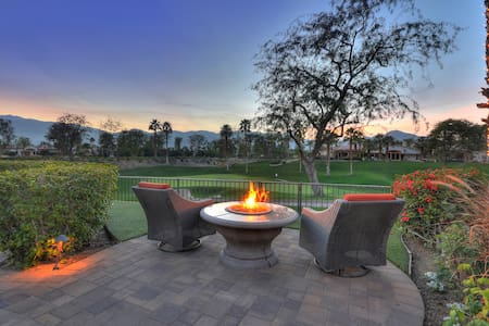 West Facing Golf Course Views - La Quinta - Hus
