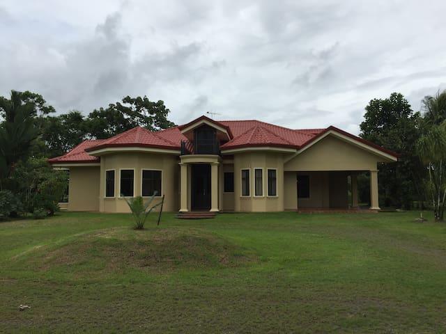 Casa de descanso - Pital - Casa