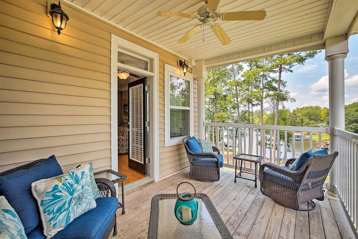 NEW! Lake Sinclair Waterfront Condo w/ Boat Dock!